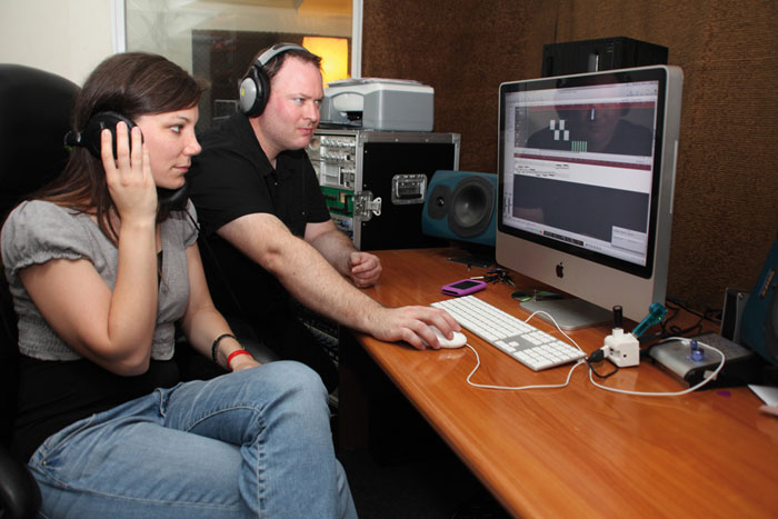 0112 - Shani and Kobi working on CD