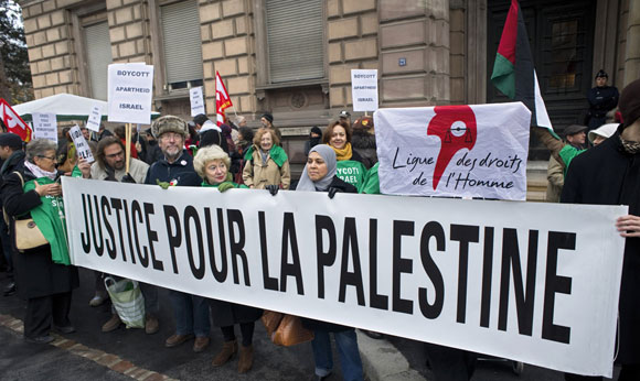 0412 - French pro-Palestinian activists