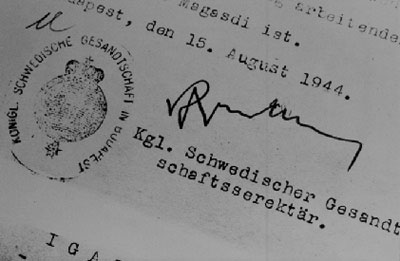 0413 - fake passport with Wallenberg's signature